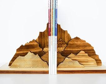 Mountain Bookends, Book Ends