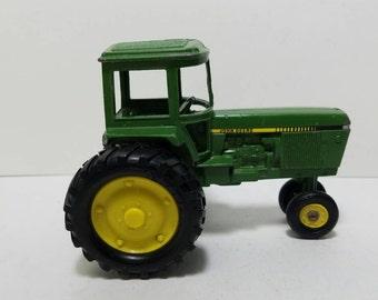 Free Shipping!! Ertl John Deere Die Cast Tractor #66 1/32 Scale