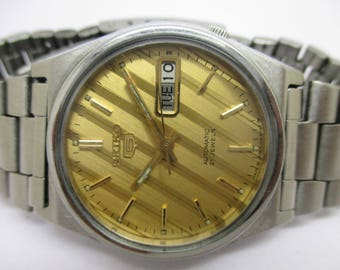 Vintage Genuine SEIKO 5 Watch/Automatic 21 Jewels Day Date Men's Excellent Wrist Watch/Fully Working in excellent condition