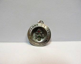 Vintage Sterling Silver 3-D Christmas Charm W #551
