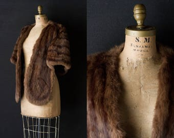 Mink / Muskrat Stole - Skinner Genuine Fur Wrap Cape Shawl - Long Rounded w/ Pockets
