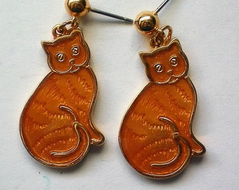 Orange Tabby Cat Pierced Dangle Earrings - 5123