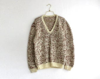 Vintage Chunky Sweater, Hand Knit Sweater, Beige White Sweater Size M Medium