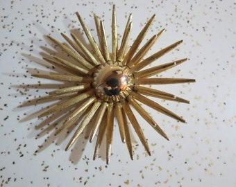 Vintage Mid Century Atomic Gold Toned Sun Burst Brooch or Necklace Pendant
