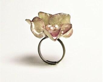 Hydrangea & Freshwater Pearl Ring
