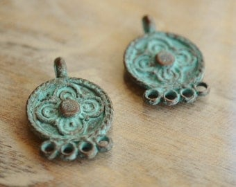 2 Mykonos Chandelier Earring Connectors 23x15mm- Green Patina- Greek Casting (17-MB)