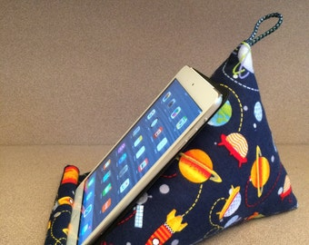 iPad pillow/fabric stand; Tablet, E-reader soft holder; iPad stand/holder; Gadget device furniture; Holidays or Back to school gift idea