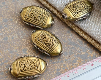 Large Oval Tibetan Brass Endless Knot Bead, Turquoise Inlay, Tibetan Knot Beads, Dorje, Vajra, Tibetan Beads, Ethnic Beads, One ,CRE17-0112H