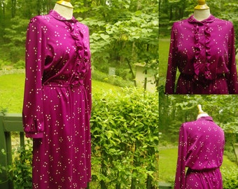 1970s 80s Fun Retro Hippie Funky Secretary Plum Colored Print Dress Long Sleeves Peter Pan Collar about a modern M to L