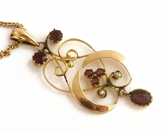 Antique 9 carat rose gold necklace with 6 amethyst stones and 2 seed pearls, 9 carat fine gold chain, Edwardian, Art Nouveau, circa 1900