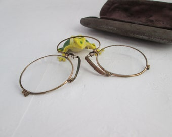 Rustic Antique Spring Pince Nez with Case Gold Rim glasses Pince Nez Glasses Antique Glasses Antique Eyewear Spectacles Medical Device