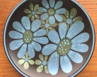 Mikasa mod flower platter Monza pattern 7504 Terra Stone blue, green brown