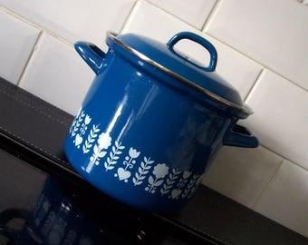 Vintage Enamel Blue & White Stock Pot Saucepan