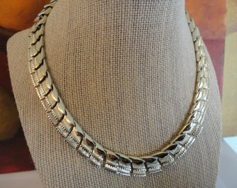 Vintage Coro Gold Textured  Modern Adjustable Statement Choker Necklace