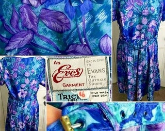 FLASH SALE****1940s/50s Dress with Beautiful Blue, Lilac and Purple Floral Print!