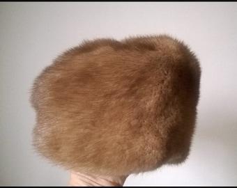 Stylish and Soft Blonde Mink Fur Hat - Vintage