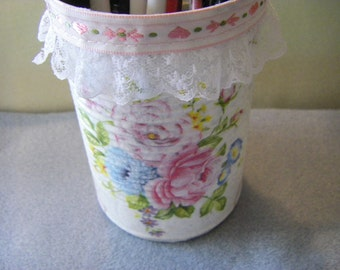 Decoupage pencil /pen holder  OOAK