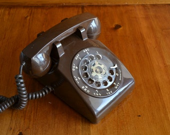 Telephone Rotary Dial Vintage Brown ITT