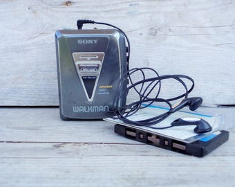 Vintage SONY Cassette Player, 90s Walkman Sony WM-EX180, Mega Bass, Anti Rolling, Working Condition