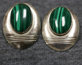 Sterling Silver Vintage Earring with Green stone