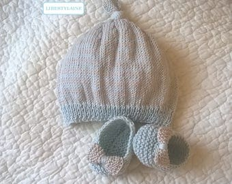 Duo Cap booties birth cotton ice blue and sand
