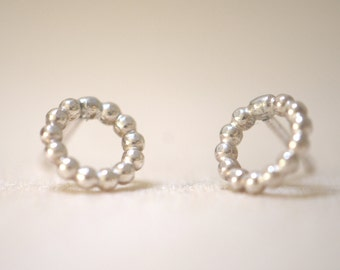 Silver ear Stud of Pearl wire