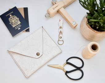 Leather envelope clutch // Veg tanned leather passport or smartphone wallet