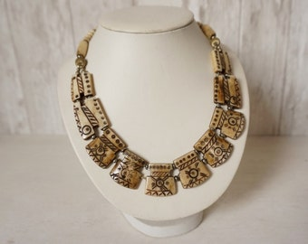 VINTAGE BOHO NECKLACE / Bone necklace / Beaded necklace / Vintage jewelry / Tribal / Ethnic / Beaded bib