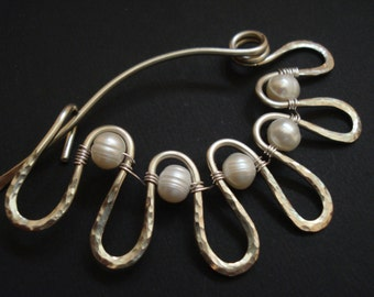 Shawl Pin Hammered Silver Pearls Wrapped Scarf Pin Fibula Wire Pin Silver Modern Shawl Brooch Sweater Silver Pearl Pin