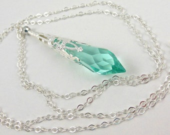 Pendant Necklace, Crystal Pendant, Birthstone Jewelry, Aquamarine Necklace, Aquamarine Pendant, Aquamarine Jewelry, Silver Necklace