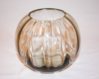 glass vase with optics