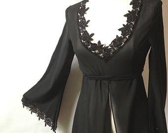 Vintage black BLOUSE - Size 6/8 US