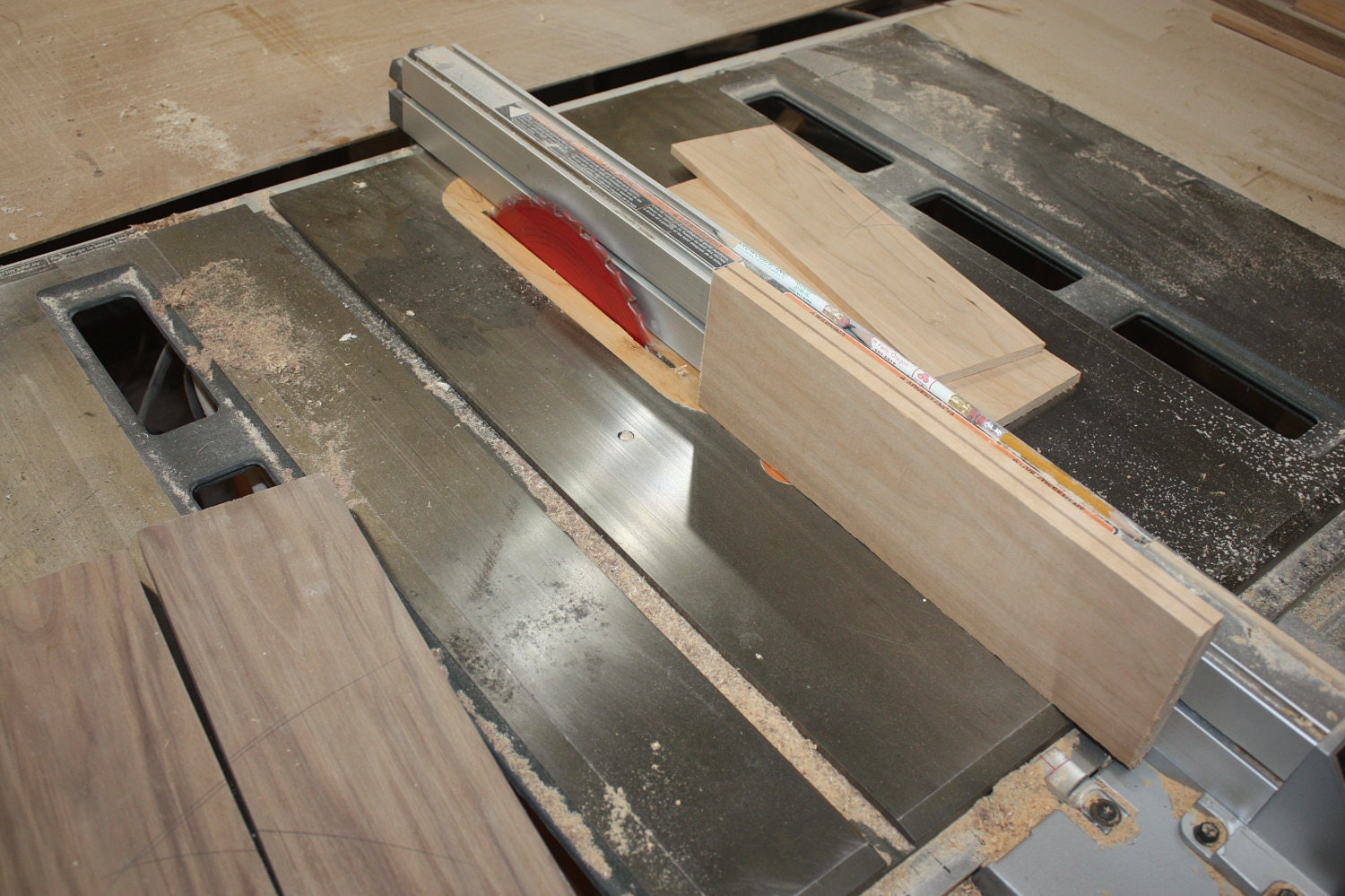 Making a laminated Lid for Jewelry boxes