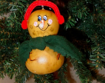 Hand crafted and painted gourd art snowman Christmas ornament by Debbie Easley 35