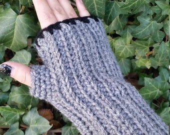 Crochet Wrist Warmers; Ribbed Wrist Warmers; Fingerless Gloves; Crochet FIngerless Gloves