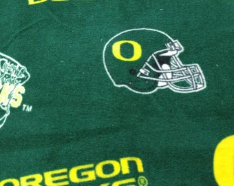 Oregon Ducks Fleece tie blanket 54 X 58