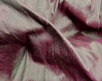"Fuscia-Evergeen: Silk Dupioni Fabric Square, 19"" x 25"""