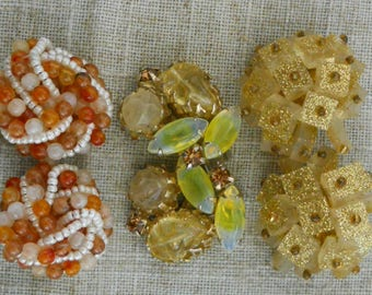 Lot of 3 pairs of vintage clip on earrings