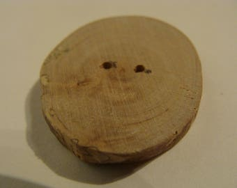 Wooden buttons made of maple 2