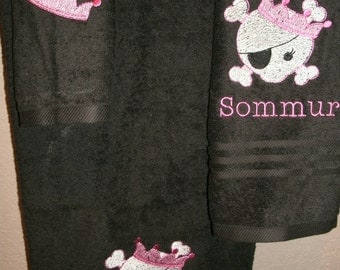 Skull Princess Personalized  3 piece Towel Set Bathtowel, Handtowel,  & Washcloth
