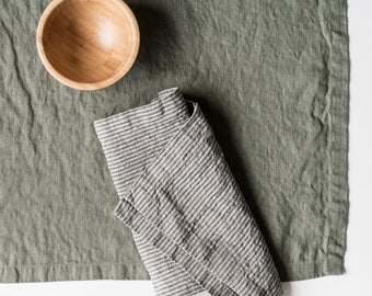 Washed large linen napkins / Set of 4, 6, 8 or 12 washed handmade linen napkins in forest green