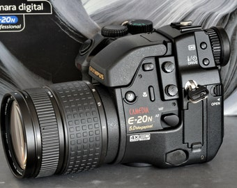 Olympus Like New E-20n SLR Camera In Original Box. Almost New MiNTY ! Also FL-40 TTL Flash (FReE)