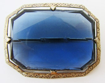 Attractive Vintage 1930s Sterling Silver Octagonal Blue Rhinestone Pin