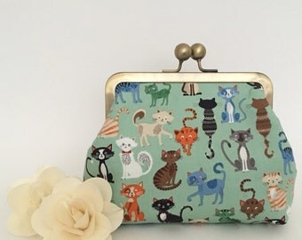 Kisslock Purse - Crafty Cats in Mint
