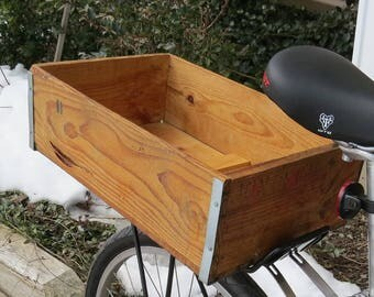 Wooden Crate Bicycle Trunk: Dates