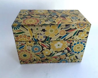 Wonderful Calico Decorated Tin Recipe File Box