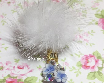 Blossom cluster charm with detachable fluffy