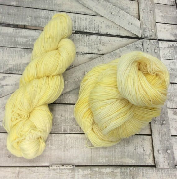 Hand Dyed Yarn,Lemon Ice,Penny Candy Yarn,Fingering Weight,2 ply,80/20 Superwash Merino,100 gram,indie dyed yarn,knit & crochet,Toad Hollow