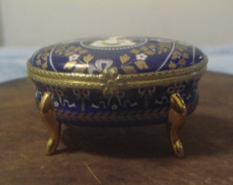 Beautiful Blue Porcelain Trinket Box with 18kt Gold Inlay