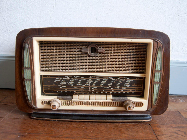 poste radio vintage radio ancienne fran aise bak lite. Black Bedroom Furniture Sets. Home Design Ideas